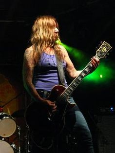 Listen to music from Acid King like Electric Machine, Drive Fast, Take Chances & more. Find the latest tracks, albums, and images from Acid King. Stoner Rock, Female Guitarist, Album Songs, Great Bands, Listening To Music, Idol, Music Instruments, Teen, King