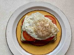 This delicious breakfast, lunch or dinner option is a fantastic way to enjoy the garden goodies. Pork Bacon, Turkey Bacon, Bacon Egg, Eggs In Peppers, Dinner Options, Summer Garden, Summer Recipes, Toast, Goodies