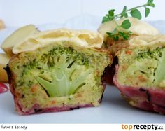 Brokolicové muffiny Healthy Snacks, Healthy Recipes, 20 Min, Cooking Light, Vegan Vegetarian, Broccoli, Cabbage, Good Food, Brunch