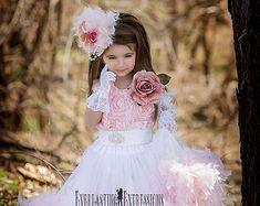 Dreamy Rosette Vintage Flower Girl Dress por MelissaJaneBoutique