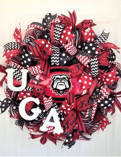 Your place to buy and sell all things handmade Football Team Wreaths, Sports Wreaths, Football Stuff, Georgia Bulldog Wreath, Georgia Bulldogs, Wreaths For Front Door, Door Wreaths, Front Porch, Georgia Wreaths