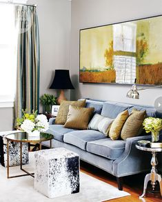 Style at home living room. (I want that sofa!)