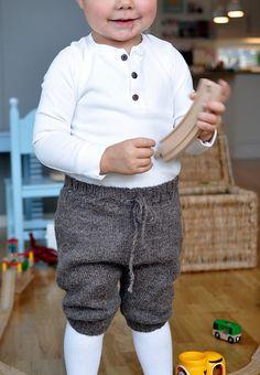 Ravelry: Gurolaga's Playtime shorts