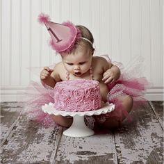 Cute idea for photos for first birthday