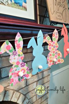 Colorful bunny templates with cotton tails - An easy and kid-friendly Easter decoration, f Bunny Banners. Colorful bunny templates with cotton tails - An easy and kid-friendly Easter decoration, from Joyful Family Life. Easter Projects, Easter Art, Bunny Crafts, Hoppy Easter, Easter Crafts For Kids, Easter Eggs, Easter Ideas, Easter Table, Kids Crafts