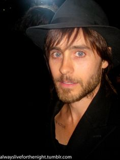 Jared Leto - THE most AMAZING eyes in Hollywood!!!!! uh! i would die if he looked at me!