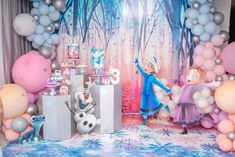 Frozen Party Decorations, Frozen Theme Party, Frozen Birthday Party, Birthday Parties, Baby Girl First Birthday, Disney Birthday, 5th Birthday, Birthday Ideas, Christmas In July