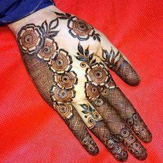 @hayats_henna  #henna #mehndi #whitehenna #wakeupandmakeup #zentangle #boho #monakattan #flowers #hennadesign #tattoo #girlyhenna #art #inspo #hennainspo #hennaart #photooftheday #hennaartist #hennatattoo #naturalhenna #bridalhenna #7enna #doodle #mandala #beauty #love #feather #indianbride  #bodyart #mehandi #mehendi