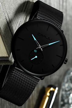 Minimalist watch with blue detail is simply understated elegance. With a case & a stainless steel strap, this watch pairs with almost any outfit. Trendy Watches, Best Watches For Men, Luxury Watches For Men, Cool Watches, Wrist Watches, Watch For Men, Watches For Men Affordable, Casual Watches, Women's Watches