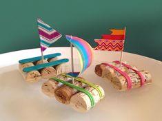 10x wat te doen met kurken - Awkward Duckling Easter Bunny Template, Bunny Templates, Fun Crafts For Kids, Craft Activities For Kids, Art For Kids, Diy Unicorn, Boat Crafts, Egg Carton Crafts, Craft Corner