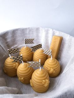 Pure Beeswax Beehive Candle, 100% Pure Natural Beeswax Candles, FavorHandmade Beeswax honey candles. Beehive candle design