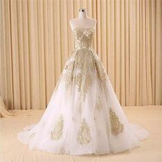 Hot Fashion Princess Gold Applique A Line Prom Quinceanera Dresses Sweetheart…