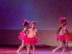 Nicole - Apresentação de Ballet.
