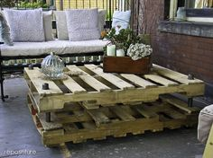DIY upcycled stacking pallet coffee table.