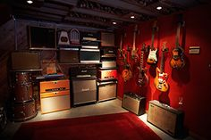 Independent Record Companies Growing, Market Research Shows Music Recording Studio, Music Studio Room, Guitar Storage, Home Music Rooms, Sound Room, Band Rooms, Basement Studio, Guitar Room, Decoration