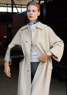 classic-actually: Betty Draper (January Jones) in Mad Men Betty Draper, Don Draper, Mad Men Fashion, Retro Fashion, Vintage Fashion, Fall Fashion, Fashion Outfits, January Jones, Glamour Vintage