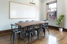 Rent meeting space at 36 Gloucester Street, Floor, Room 2 daily or hourly with Breather. Book office space in Back Bay. Gloucester Street, Interior Design Work, Boston, Plant, Flooring, Green, Table, Room, Inspiration