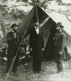On this day in 1862, was the bloodiest day of the Civil War at the Battle of Antietam (Sharpsburg). Abraham Lincoln with Allan Pinkerton and Major General John A. McClernand at Antietam, 1862 (b/w photo) by Alexander Gardner / Collection of the New-York Historical Society, USA