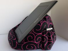 For extra large tablets: Check out this item in my Etsy shop https://www.etsy.com/listing/466682777/extra-large-bean-bag-chair-for-tablets
