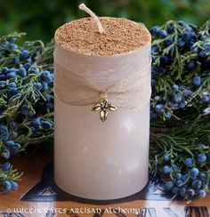 WINTER HOLIDAY EGGNOG Old European Yuletide Pillar Candle Scented with Rich Cream, Eggs, Sugar, Spiced Grog Rum and Fresh Nutmeg