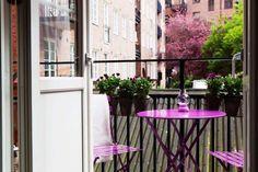 42 Idee Su Idee Per Arredare Un Balcone Piccolo Small Balcony Furniture Balconi Piccoli Arredamento Giardino Sul Balcone