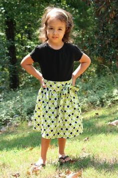 http://www.clothing-dropship.com/women-s-dresses-c2102  Cute black skirt
