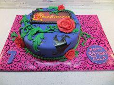 Disney Descendants cake