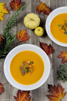 Herbstliche Kürbissuppe mit Butternut und Hokkaido Kürbis sowie Salsiccia als Einlage.   malteskitchen.de