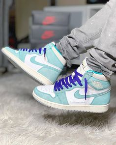 "219c3e1e23a Take an on foot look at the upcoming Nike Air Jordan 1 Retro ""Turbo Green"