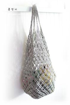 코바늘 네트백 / 코바늘 그물가방 ( 도안 ) : 네이버 블로그 Knitted Bags, Diy Crochet, Plant Hanger, Purses And Bags, Diy And Crafts, Weaving, Pouch, Textiles, Tote Bag