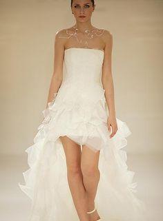Mooie korte trouwjurk van trouwshop.com