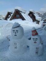 雪の白川郷(2)