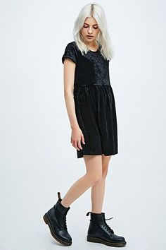 fffbe1b2722 Urban Renewal Vintage Remnants Velvet Babydoll Dress in Black