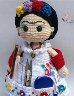 Crochet Dolls Free Patterns, Amigurumi Patterns, Crochet Cushions, Pin Cushions, Crochet Bear, Crochet Hats, Amigurumi Toys, Holidays And Events, Geek Stuff