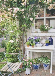 jrp adorable petit coin de jardin,,
