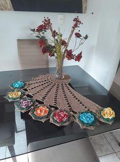 Study In Circles Crochet Motif Table Runner Pattern Crochet Angel Pattern, Crochet Table Runner Pattern, Crochet Bedspread Pattern, Crochet Curtains, Baby Afghan Crochet, Crochet Doily Patterns, Crochet Motif, Crochet Designs, Crochet Doilies