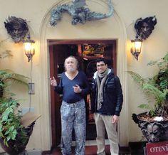 O pintor Reon Argondian e eu, em sua Caverna Mágica no Monte Petrin | post novo no blog prelúdios: Devo ser sincero logo de início