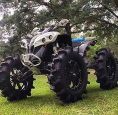 Best Vacation Spots, Best Places To Travel, Nashville Vacation, Scooter Motorcycle, Quad Bike, Four Wheelers, Buggy, Biker Chick, Adventure Tours