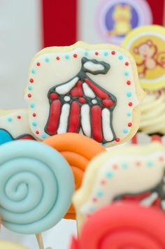 Circus party Circus Party, Sugar, Cookies, Desserts, Food, Crack Crackers, Tailgate Desserts, Deserts, Biscuits