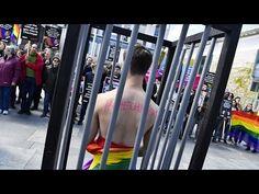Çeçenistan'daki 43 eşcinsel için göç umudu.