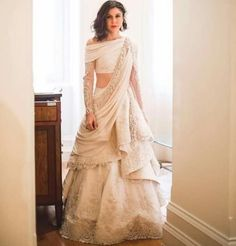 71 Mind-Boggling Lehenga Designs That Will Make Your Day!in 71 Mind-Boggling Lehenga Designs That Will Make Your Day! Indian Wedding Gowns, Indian Gowns Dresses, Indian Bridal Outfits, Indian Fashion Dresses, Indian Designer Outfits, Designer Dresses, Lehenga Wedding, Bride Indian, Indian Bridal Lehenga