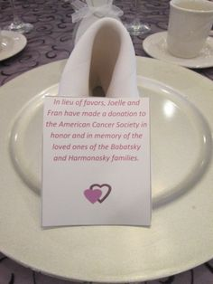 Fortune cookie napkin fold. #napkinfold #wedding #capriottiscatering