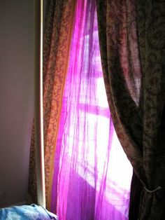 peng peng's place: No-Sew Sari Curtain***Going to try this with the six saris I got yesterday. Wish me luck! (I'm nervous to cut them!)