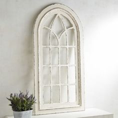 homedecor rustic For each side of the fireplace, Hanging an arched window is tricky stuff. Hanging our window-like arch Pretty simple. More of an architectural element than a simple wall hanging, its rustic wooden frame is worthy of a Mediterranean villa. Arched Wall Decor, Diy Wall Decor, Diy Home Decor, Wall Decorations, Window Wall Decor, Christmas Decorations, Country Decor, Rustic Decor, Farmhouse Decor