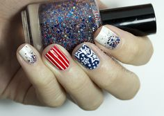 The Nail Network: Fourth of July skittles