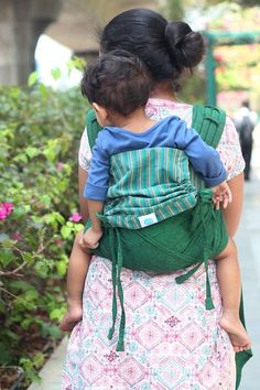 Soul Tai ergonomic baby carriers combine the comfort of woven wraps with the ease of a structured carrier. FREE UK delivery.
