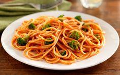 Barilla Spaghetti with Broccoli Florets and Barilla Traditional Sauce- Yummy!! #Barilla