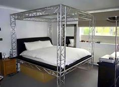 Stagehand bedroom? LoL... I like it. Maybe better in black?