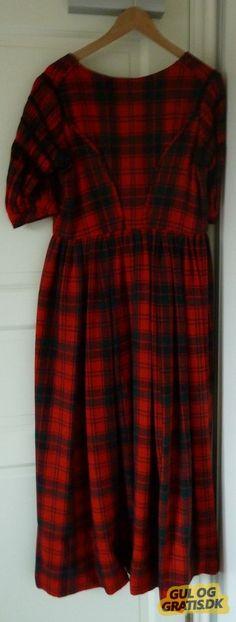 Women dress from Høng 1