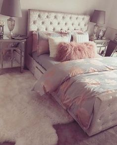 Teen bedroom themes must accommodate visual and function. Here are tips to create the coolest teen bedroom. Dream Rooms, Dream Bedroom, Teen Bedroom, Girl Bedrooms, Master Bedroom, Modern Bedroom, Minimal Bedroom, Comfy Bedroom, Pretty Bedroom